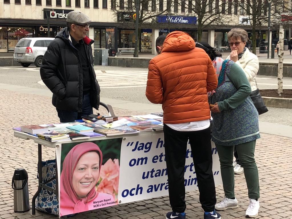 Stödaktion i Borås i solidaritet med översvämningsoffer i Iran