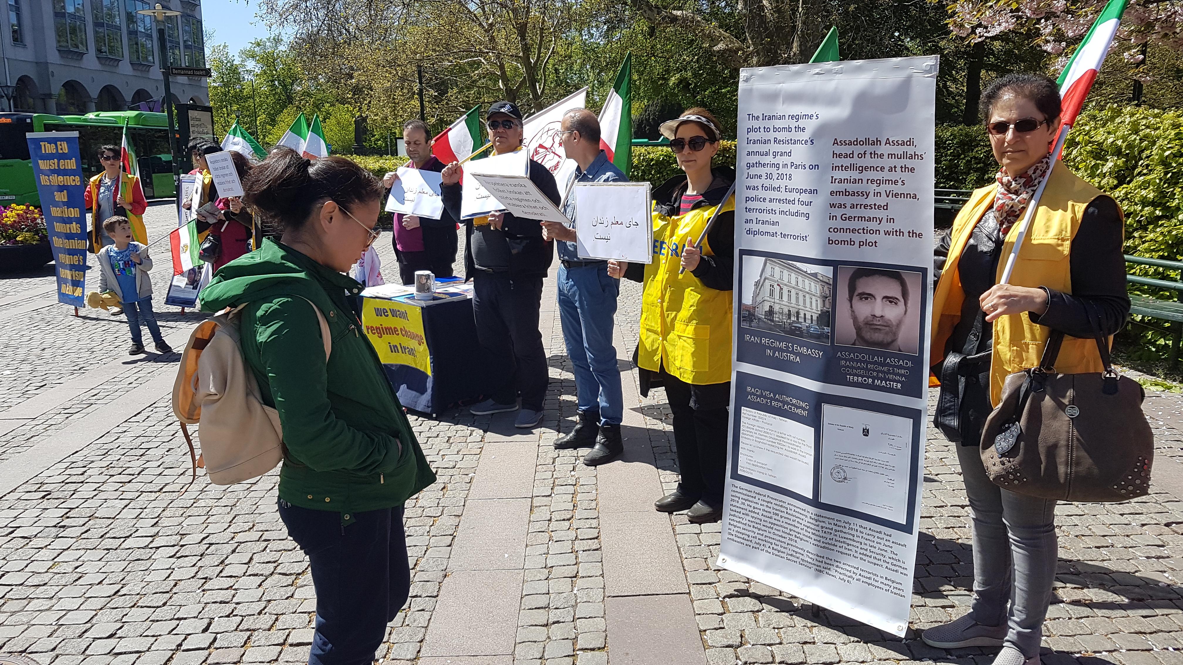 Stödaktion i Malmö för folkliga protester i Iran, den 11 maj.