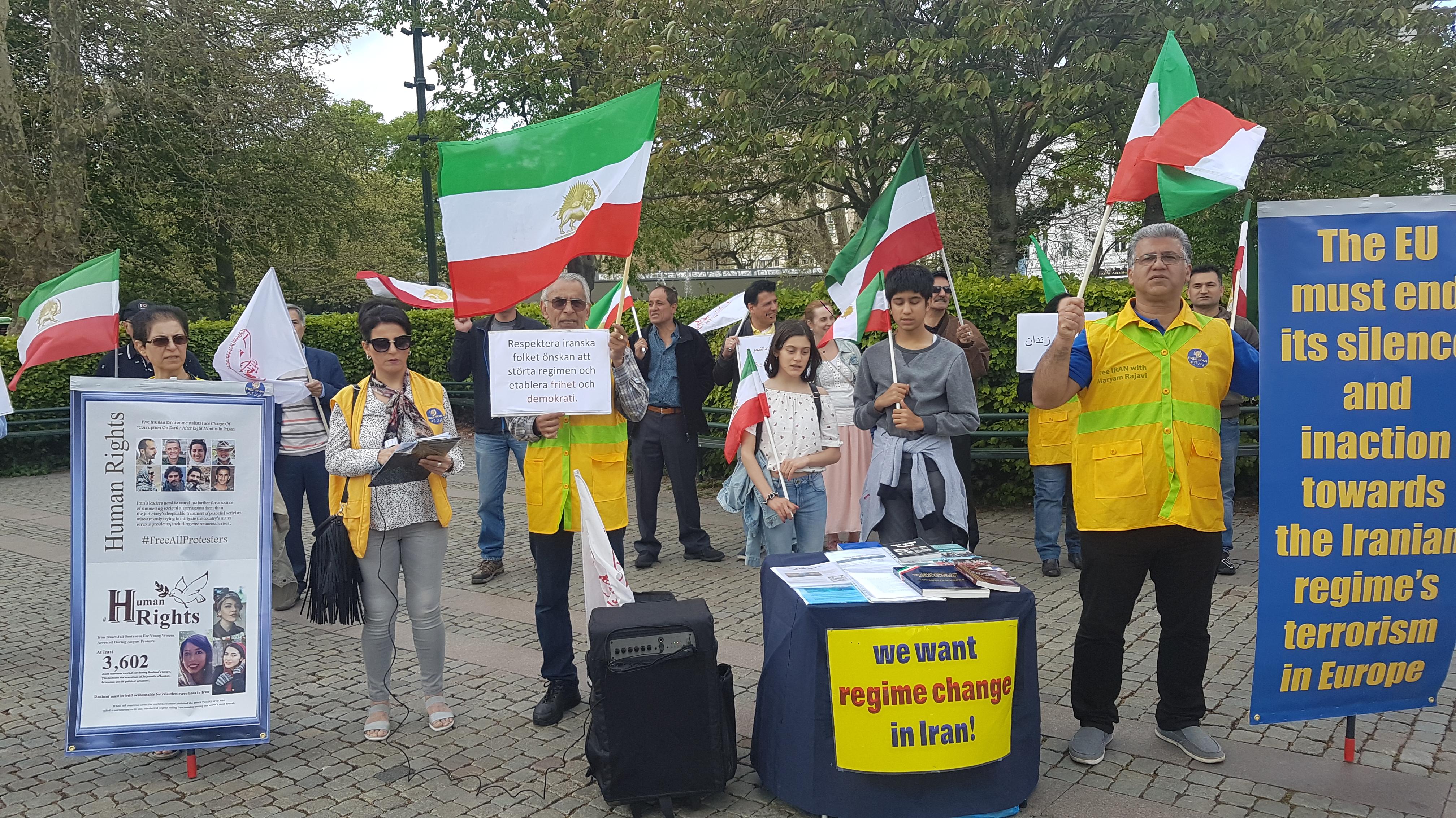 Stödaktion i Malmö för folkliga protester i Iran, den 18 maj.